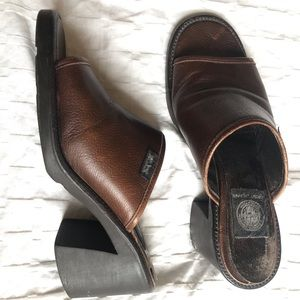 DKNY vintage classic brown mules